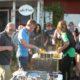 personalfest med grillning och kubbtävling