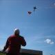 2010 - köravslutningen firas med drakflygning hos oss. Här prästen med djävulen.