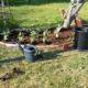 en av många nya rabatter i trädgården